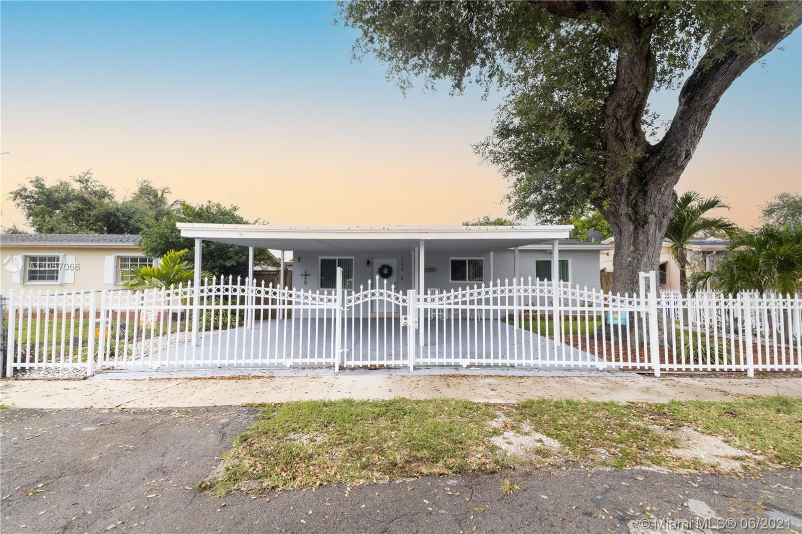 1380 NE 154th St  For Sale A11057066, FL