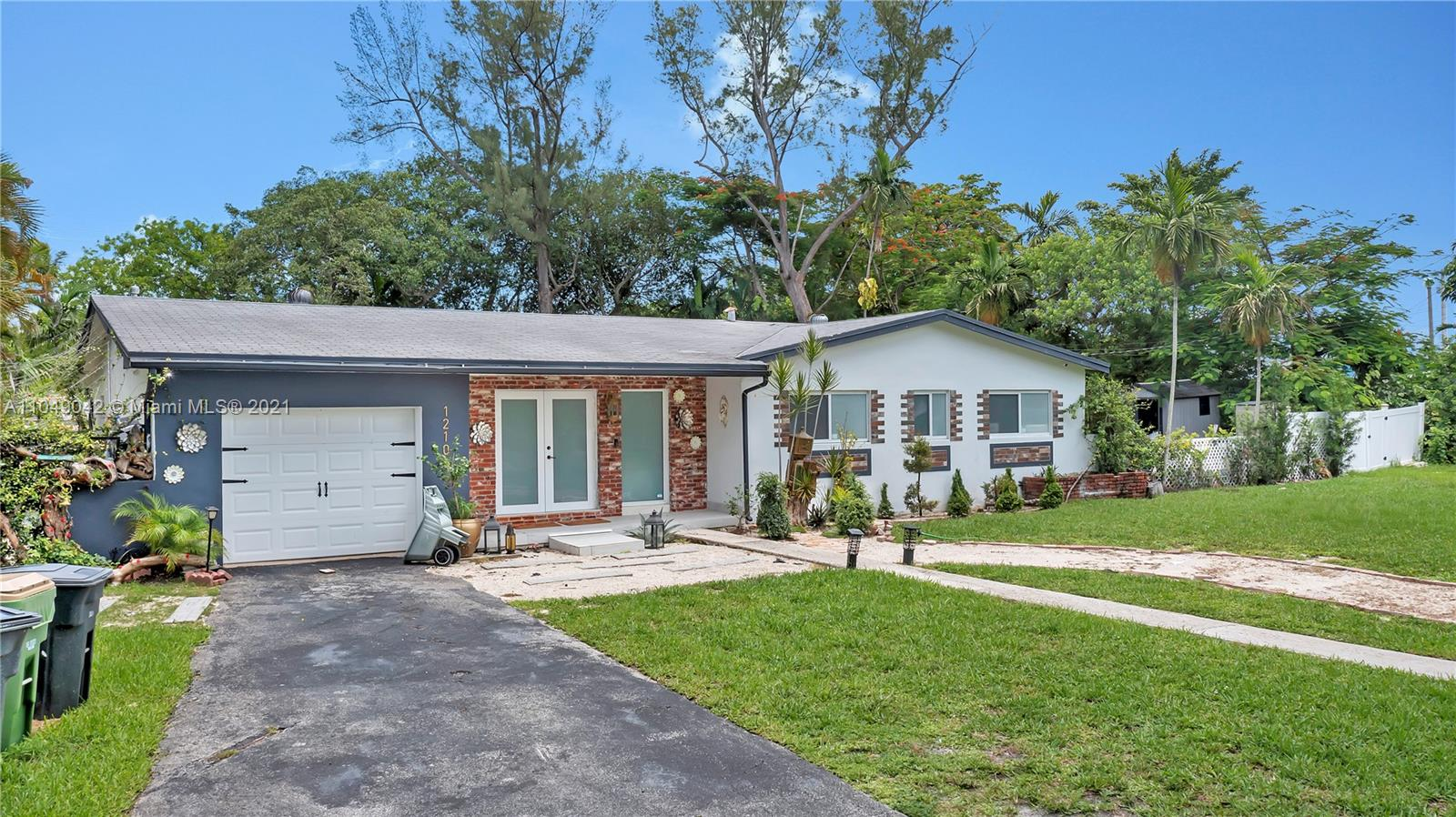 Undisclosed For Sale A11049042, FL