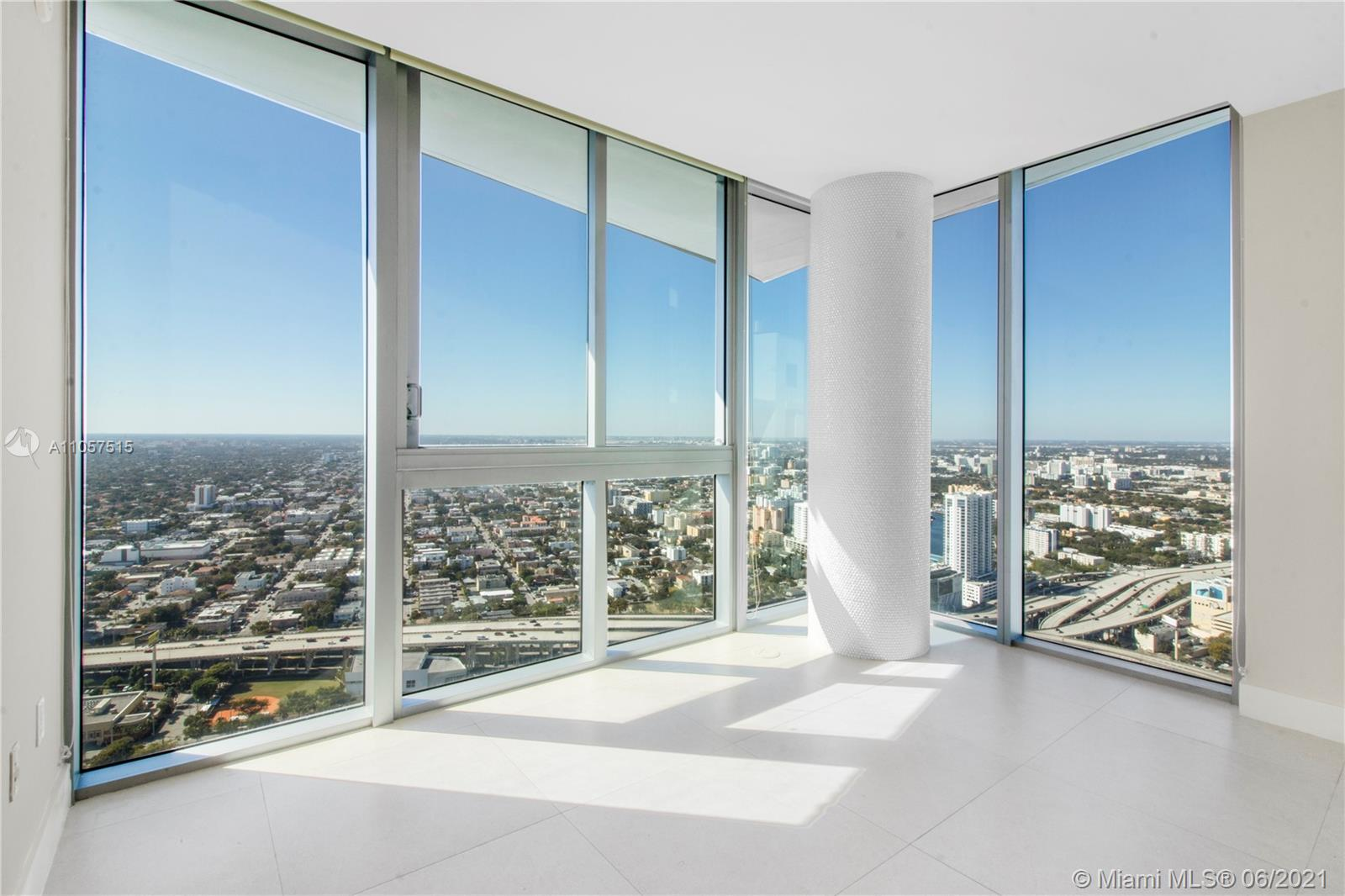 92 SW 3rd St #5205 For Sale A11057515, FL