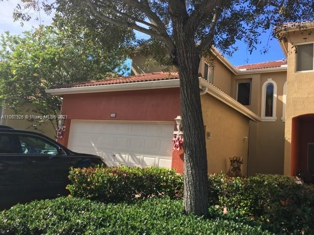 1924 SE 23rd Ave #1924 For Sale A11057926, FL