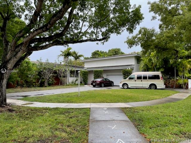 12885  Hickory Rd  For Sale A11056987, FL