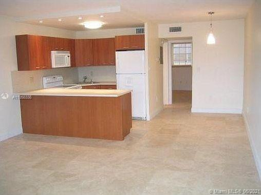 1780  79th Street Cswy #C304 For Sale A11058338, FL