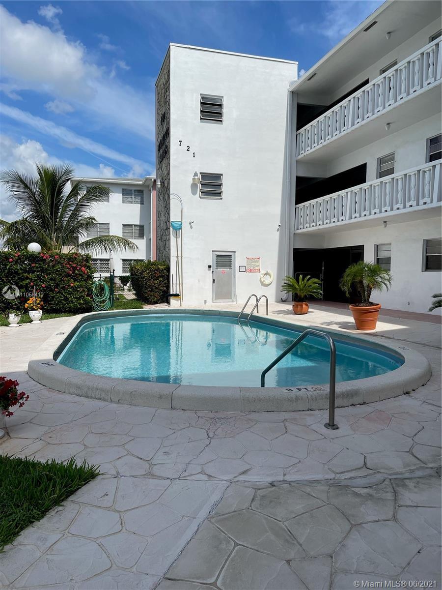 721  Atlantic Shores Blvd #204 For Sale A11058410, FL