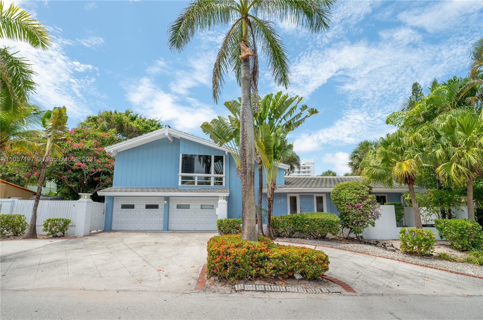 2930  Center Ave  For Sale A11057197, FL