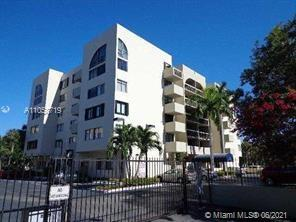 2715  Tigertail Ave #209 For Sale A11058719, FL
