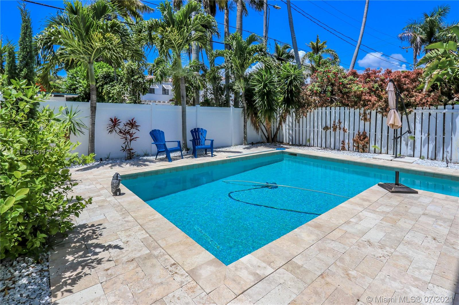 1550  Tyler St  For Sale A11054519, FL