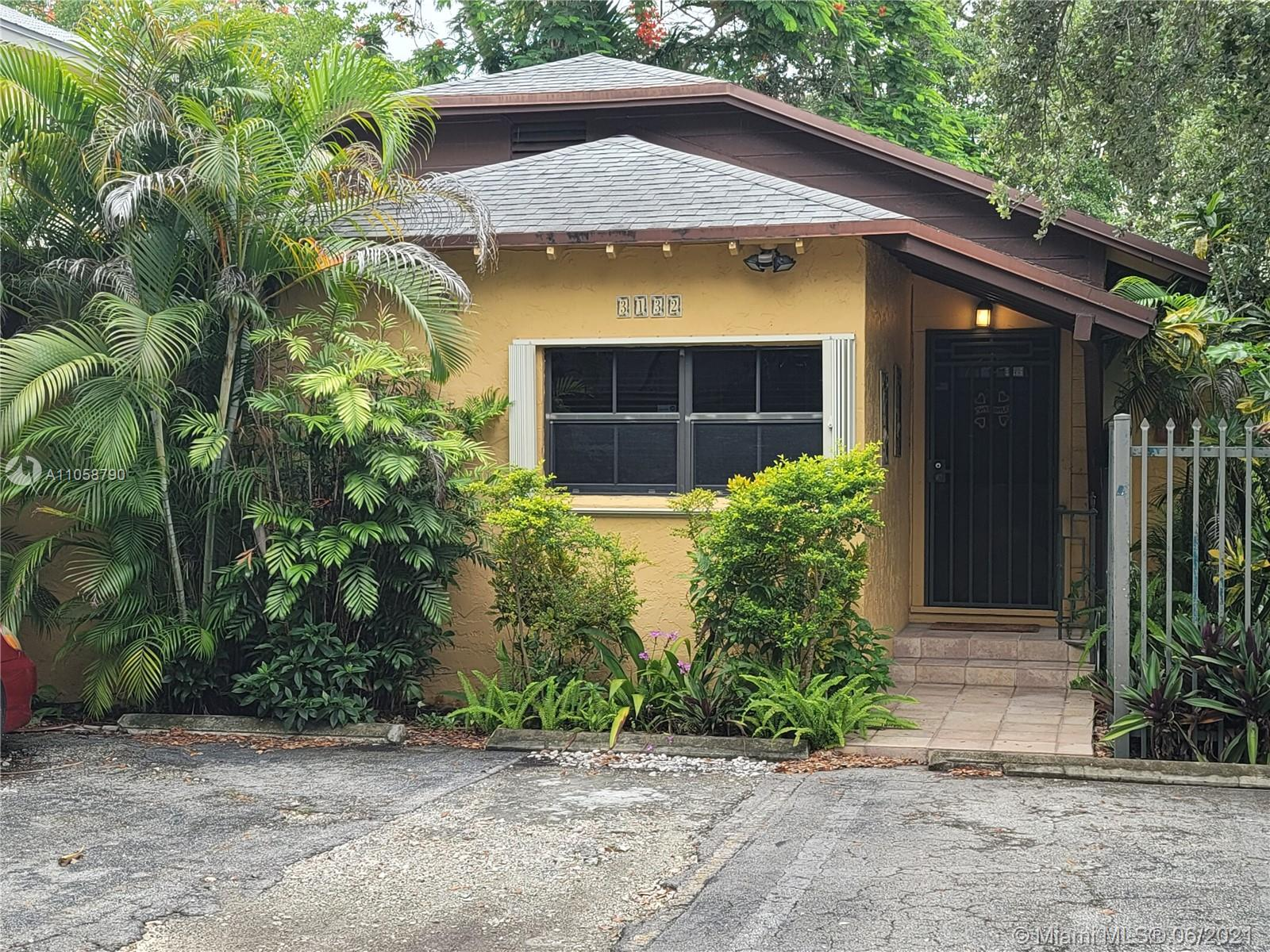 3132  Indiana St  For Sale A11058790, FL