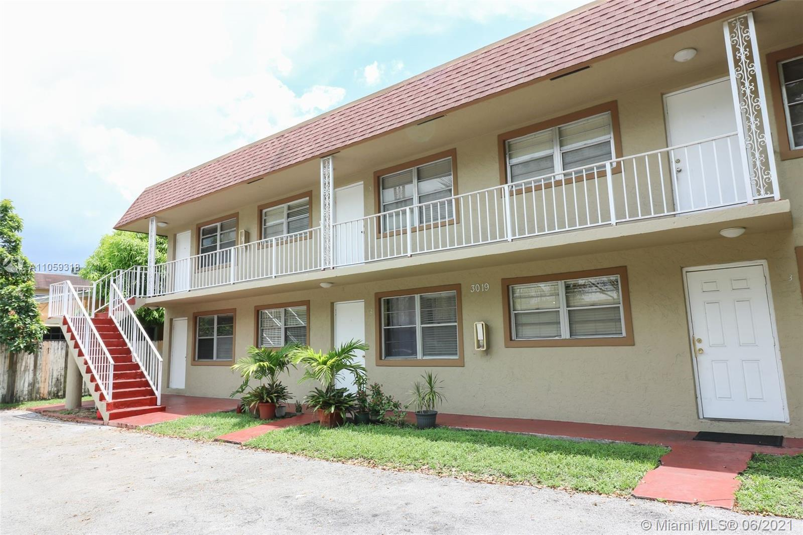 3019 SW 68th Ter #1 For Sale A11059318, FL