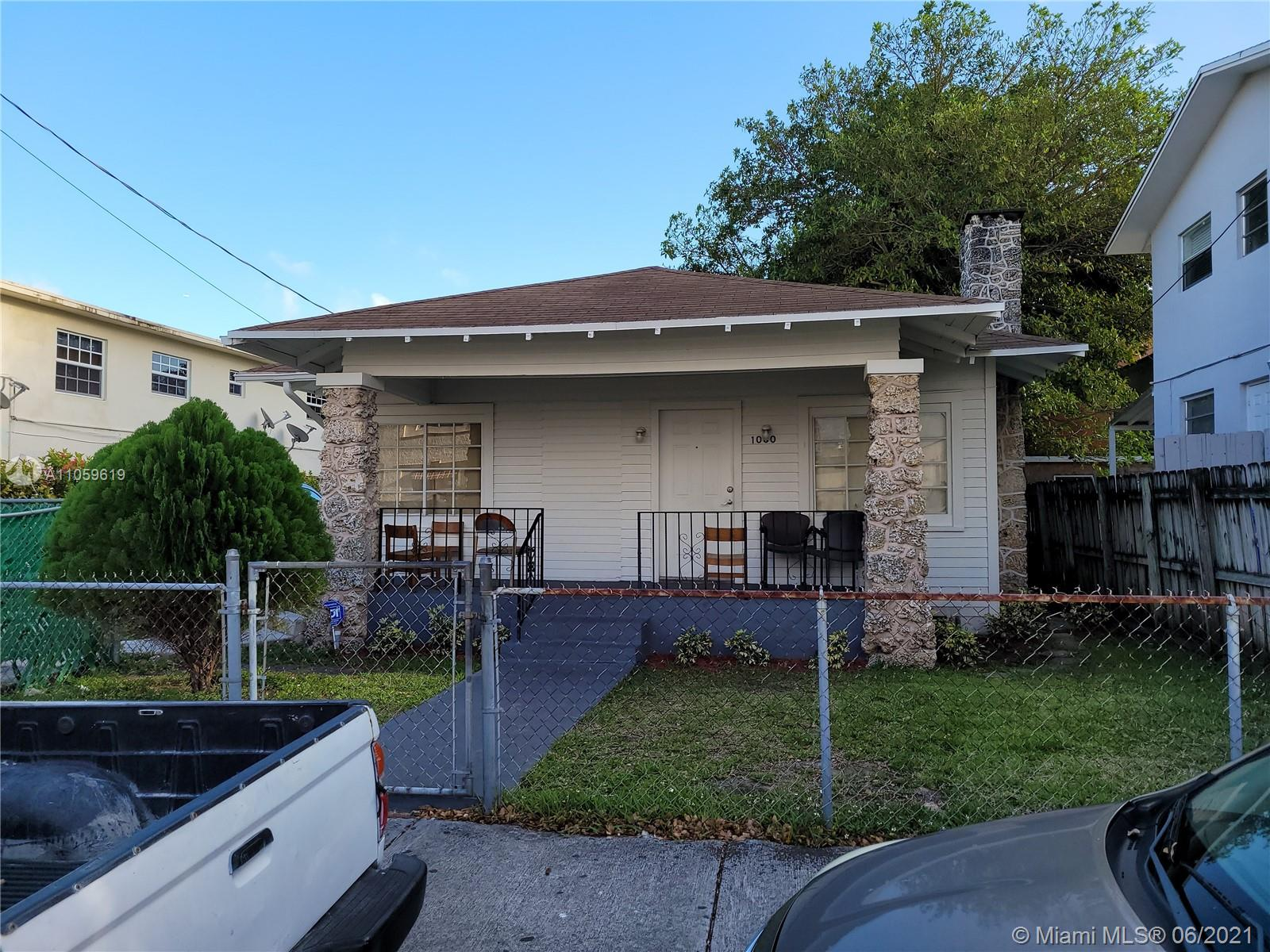 1060 SW 2nd St  For Sale A11059619, FL