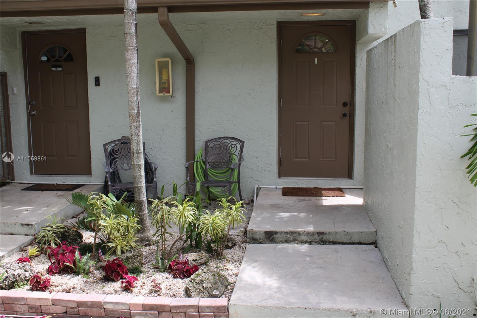 15835 SW 91st Ct #D For Sale A11059861, FL