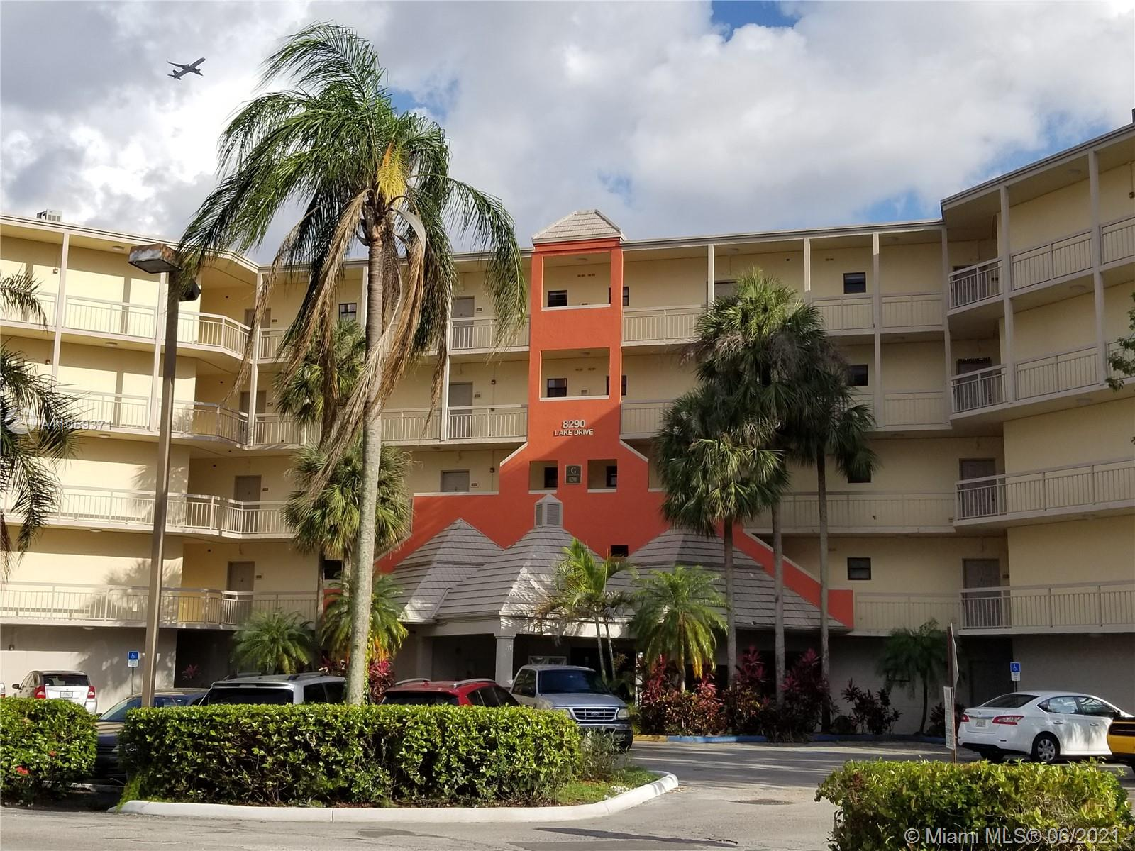 8290  Lake Dr #440 For Sale A11059371, FL