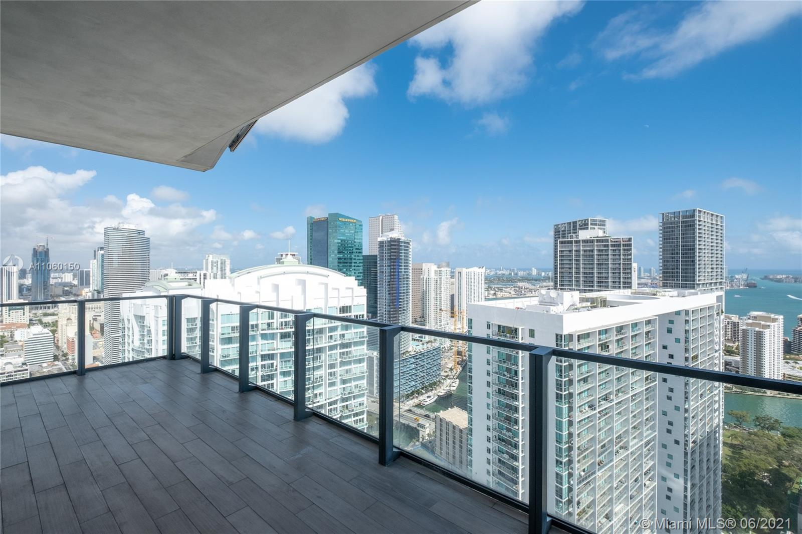 Magnificent and luxurious unit in desirable Reach at Brickell City Center. Dazzling city and water views views, Floor-to-ceiling sliding glass doors, modern Italian kitchen cabinets with cooking island, quartz stone counter top, Bosch appliances, gorgeous marble floors, oversize built in closet and electric shades. Enjoy half-acre amenity deck including tropical gardens, barbecue grills, outdoor fitness areas, kids playground, heated lap and social pools with spa, fitness center & more.