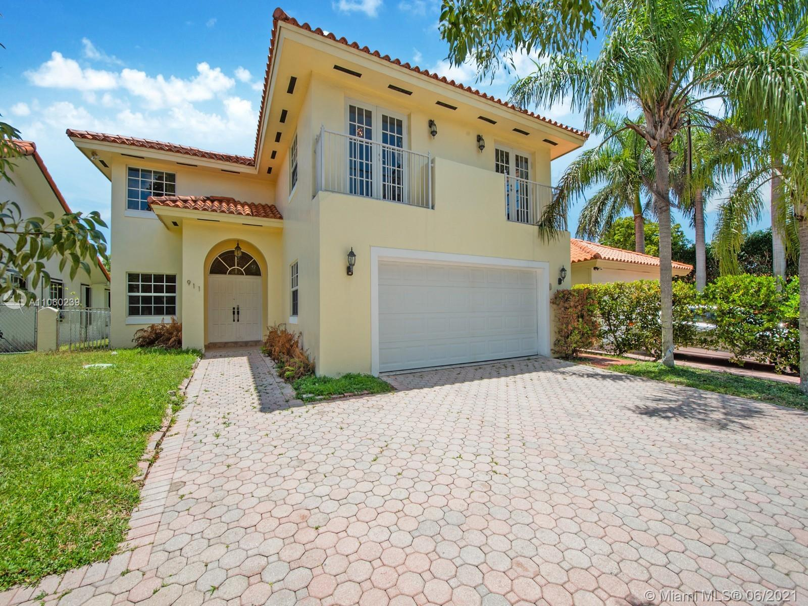 911 SW 57th Ave  For Sale A11060239, FL