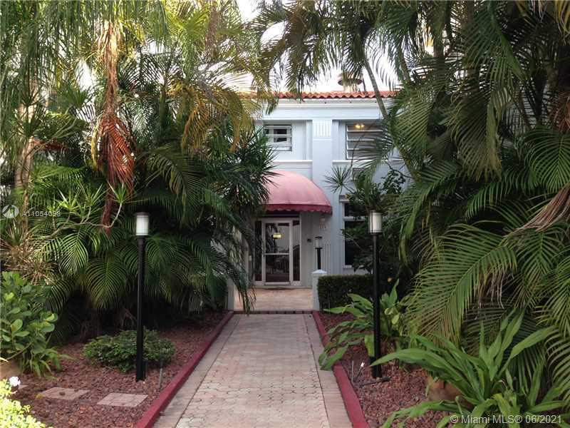 215  30 ST #21 For Sale A11054098, FL