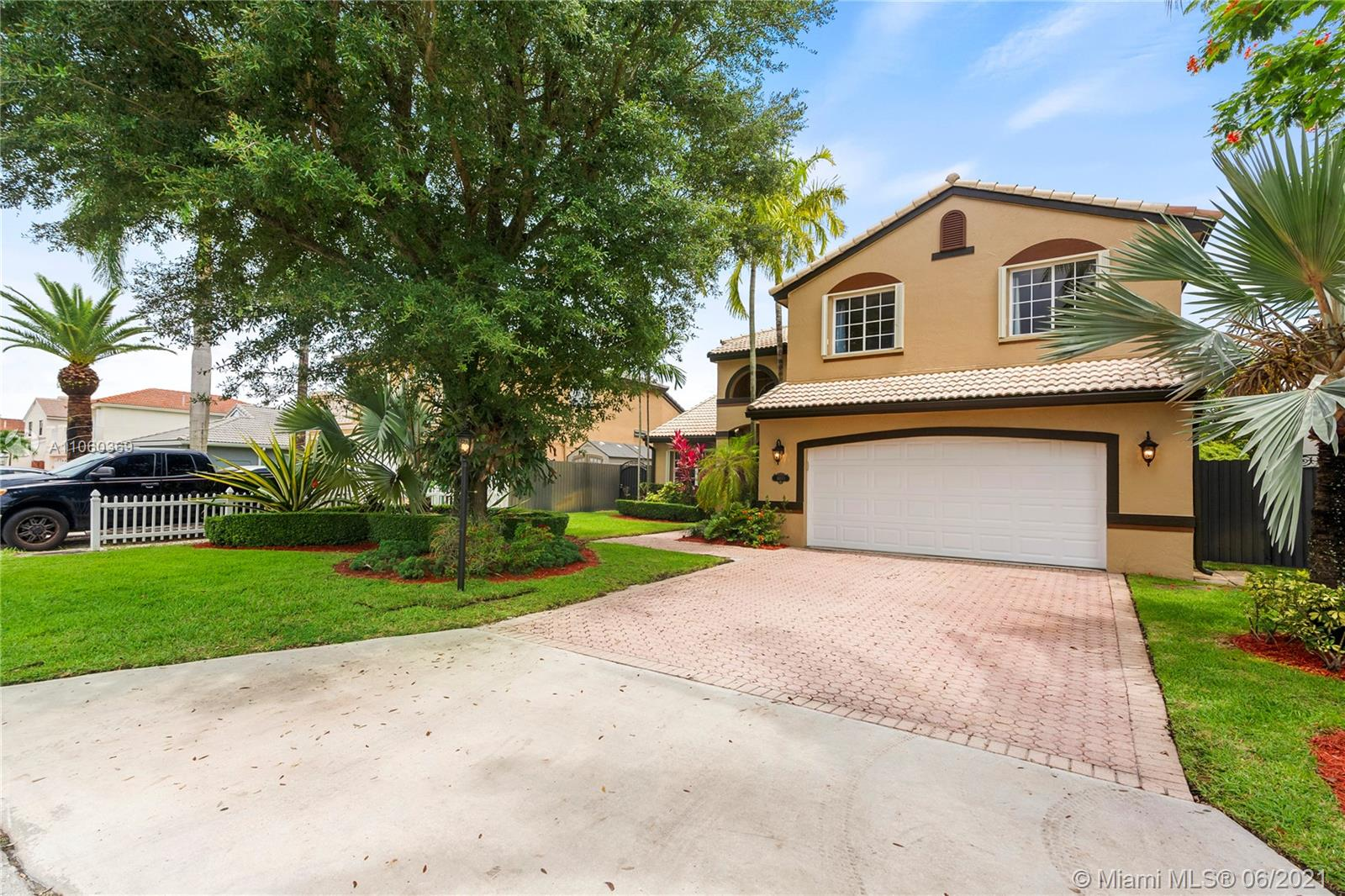 16071 SW 73rd St  For Sale A11060369, FL