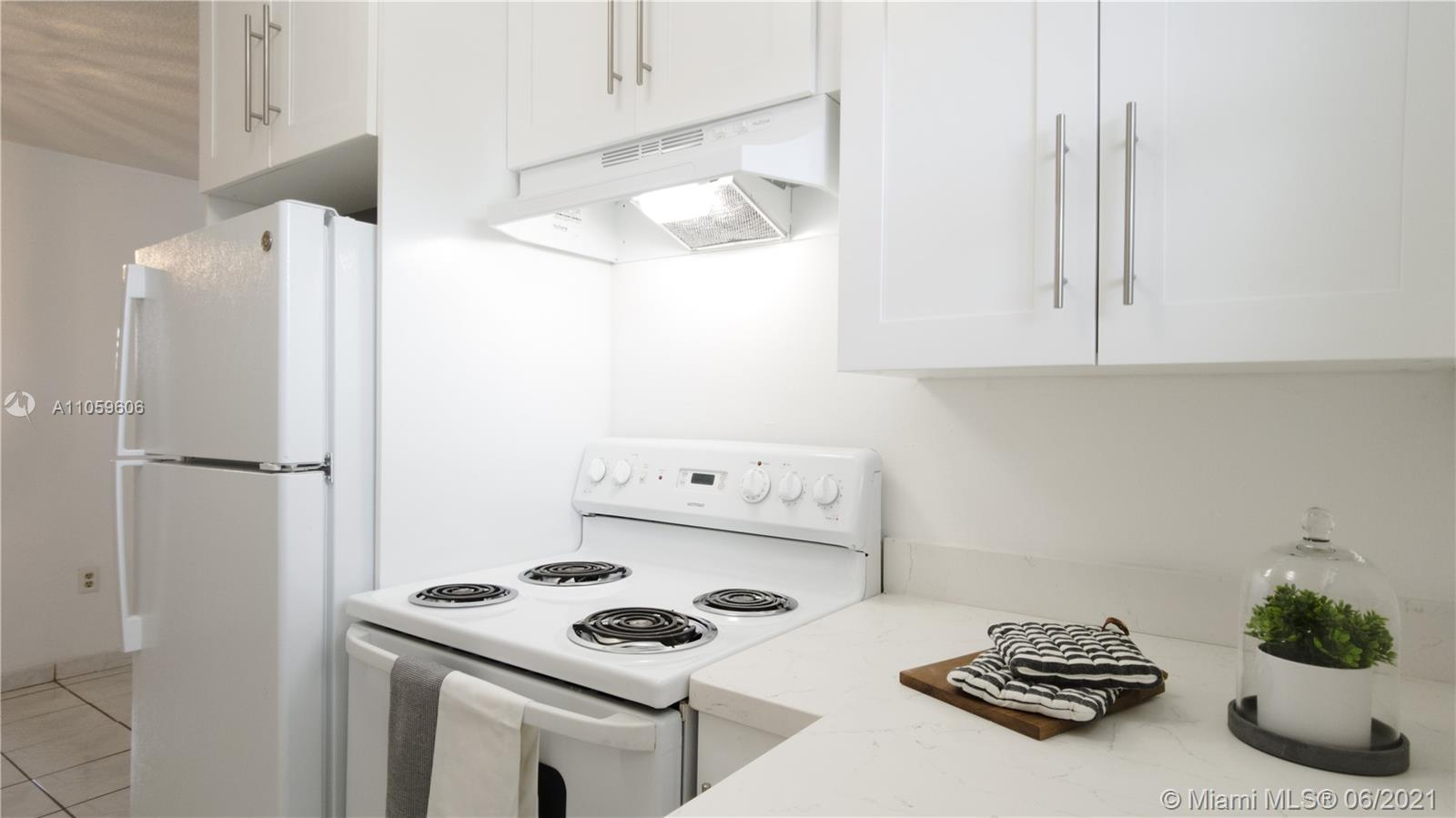 2496 SW 17th Ave #5308 For Sale A11059606, FL