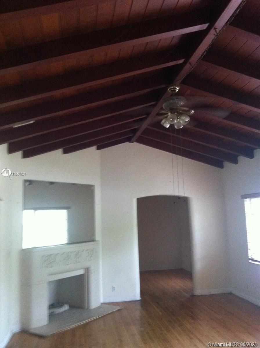 2611 SW 4th Ave  For Sale A11060280, FL
