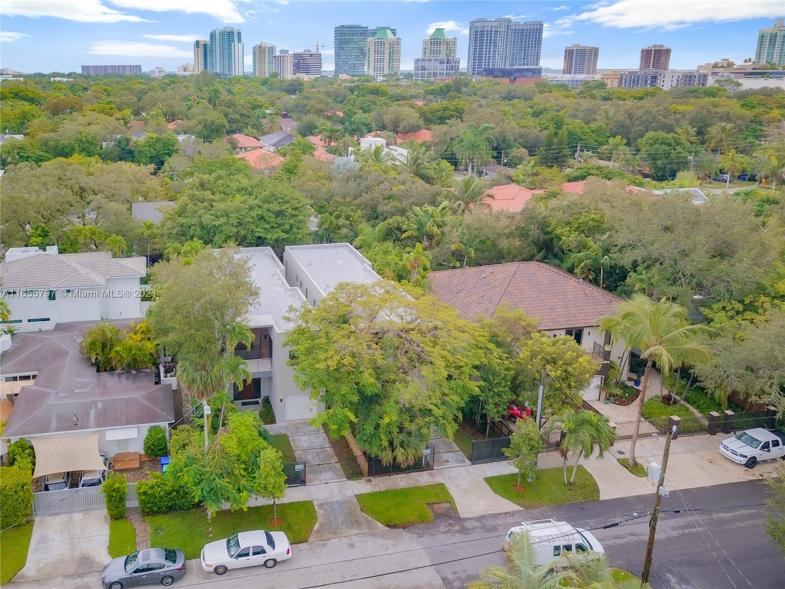 3117  Indiana St  For Sale A11055797, FL