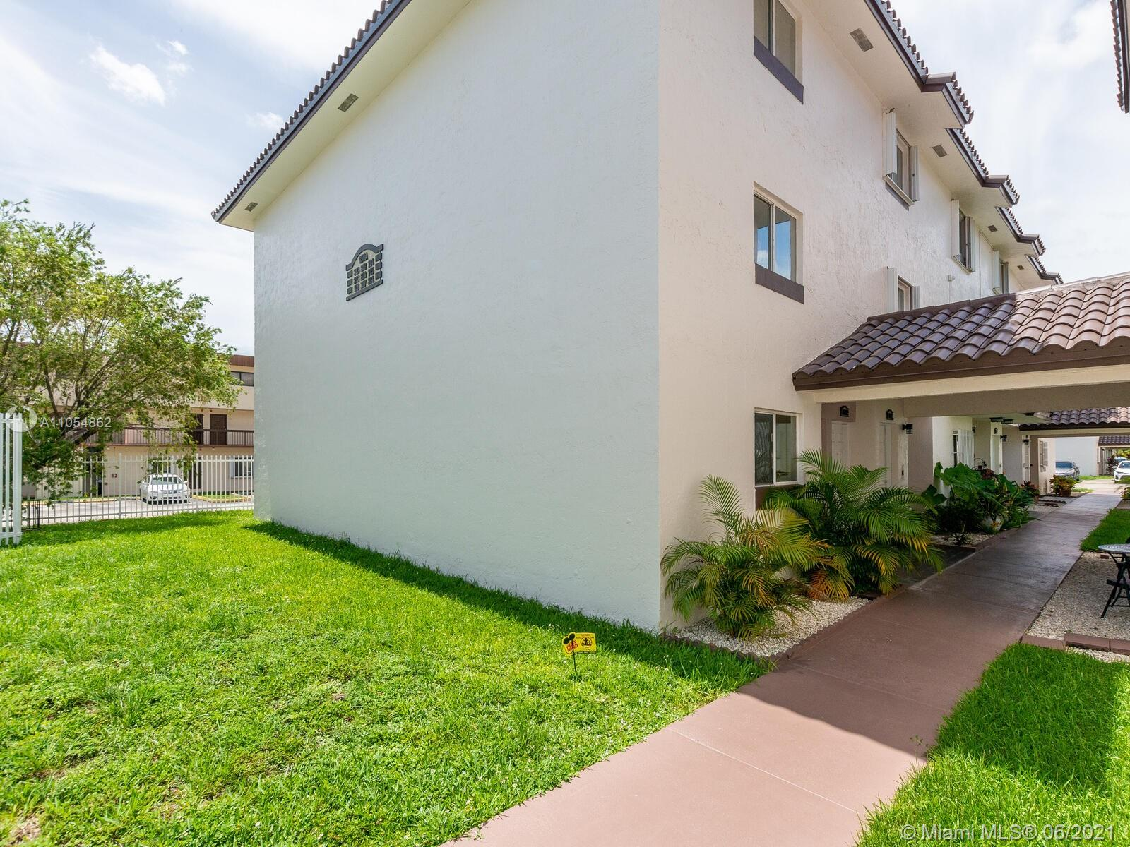 950 SW 104th Ct #C-209 For Sale A11054862, FL