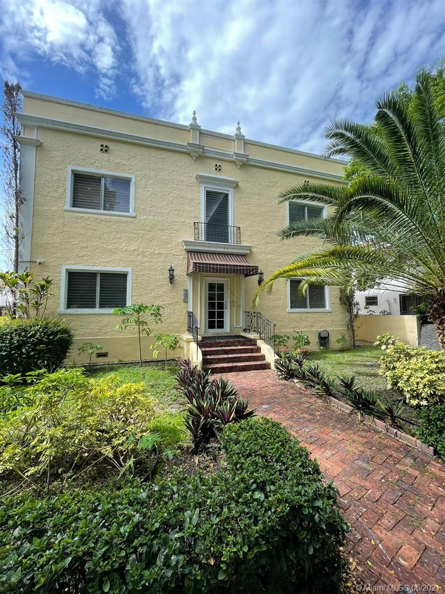 223  Calabria Ave #8 For Sale A11060881, FL