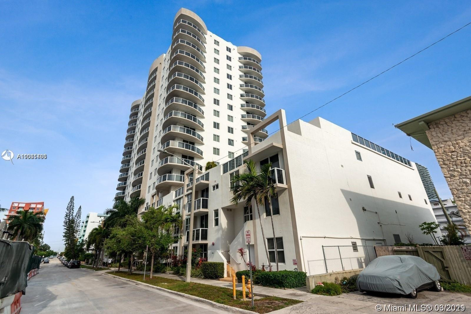 COME LIVE IN THE HEART OF MIAMI EDGEWATER AREA IN A BEAUTIFUL LIVE/WORK SPACE.UNIT HAS NO BALCONY. EASY TO SHOW.