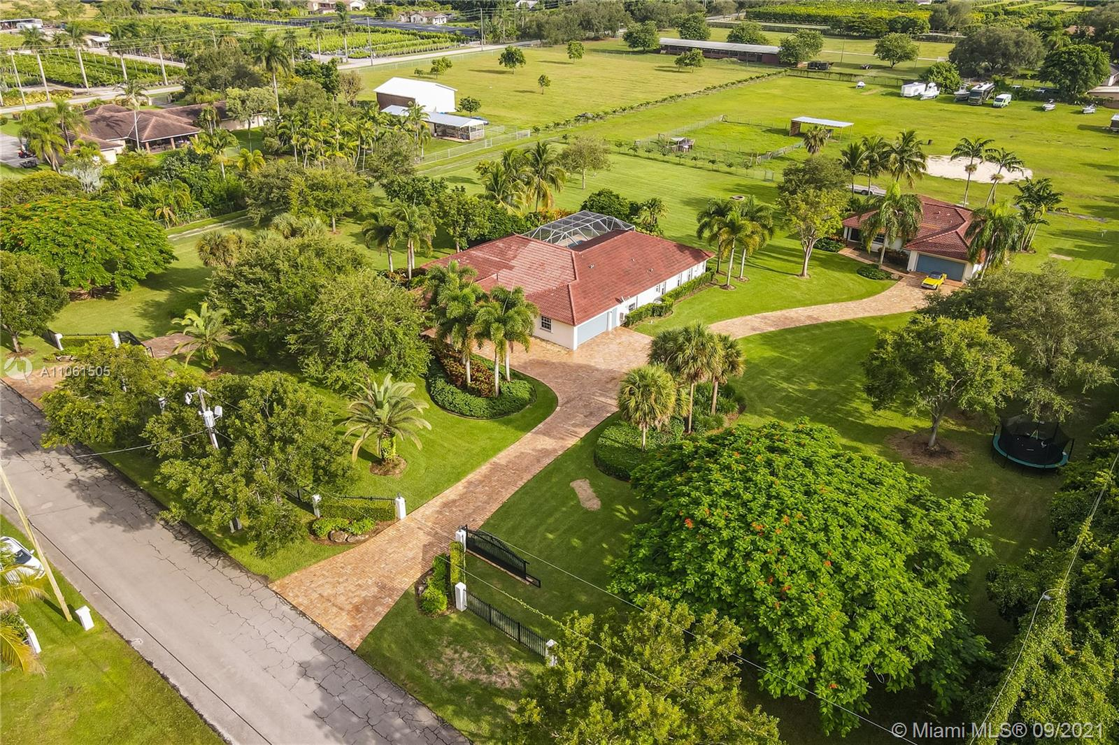 15760 SW 242nd St  For Sale A11061505, FL