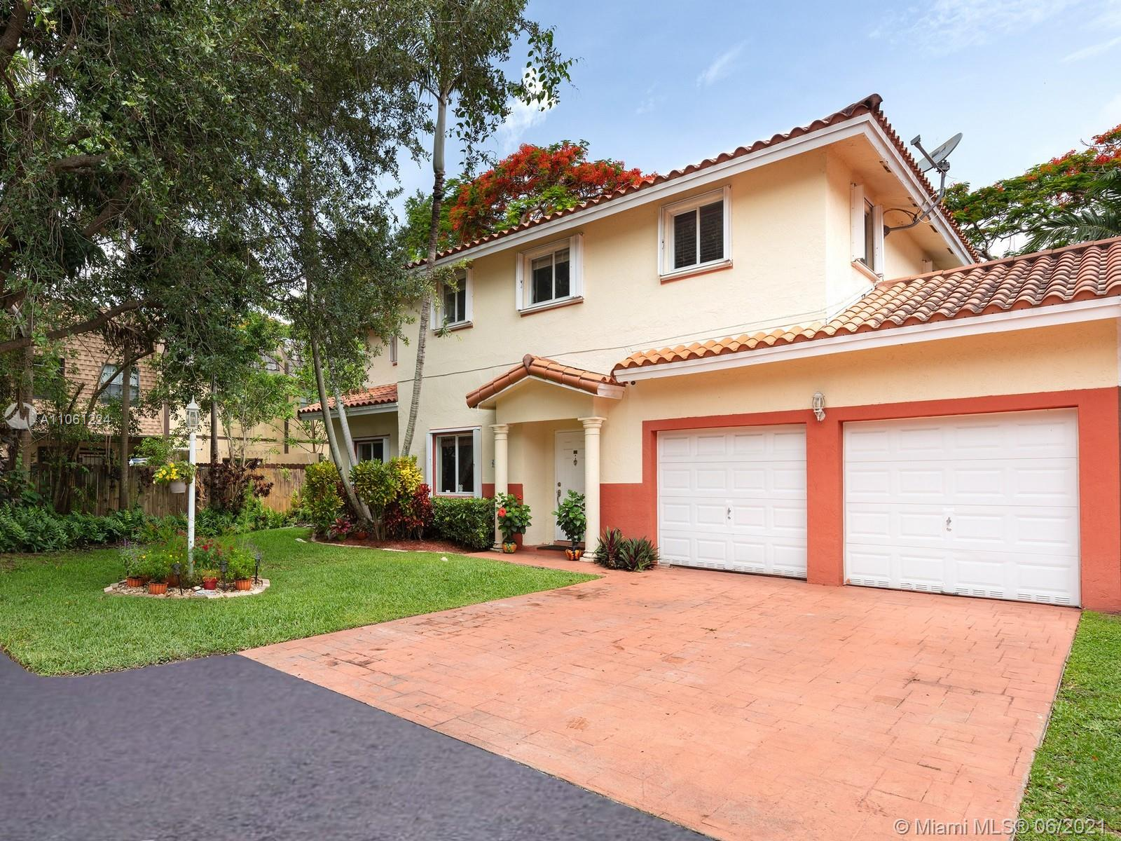 6545 SW 55th Ter  For Sale A11061224, FL