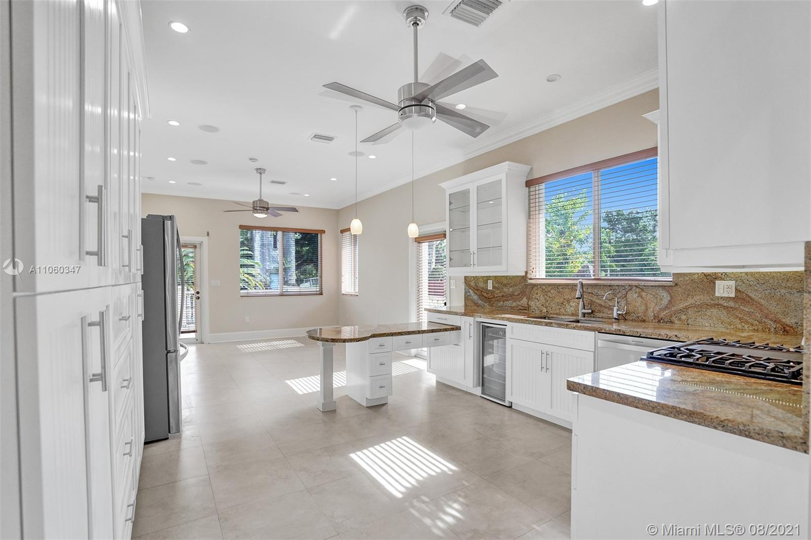 5731 SW 35th St  For Sale A11060347, FL