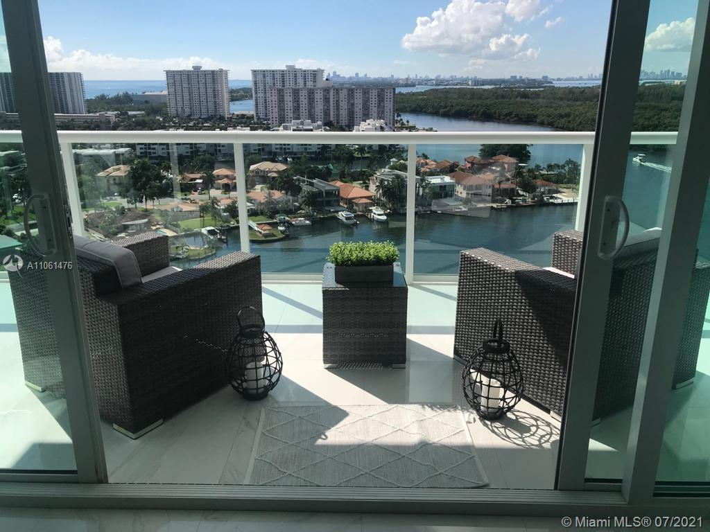 Spectacular corner flow through unit. Bay front 3 beds/ 3 full baths. The 400 Sunny isles offers a resort life style and features a dry and wet marina, state of the art gym and spa, tennis court, bay front pool, hot and cold plunge pools, sauna, steam room, outside Jacuzzi and more ...