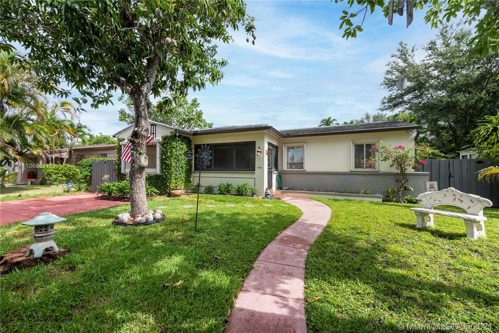 6447 SW 14th St  For Sale A11060821, FL