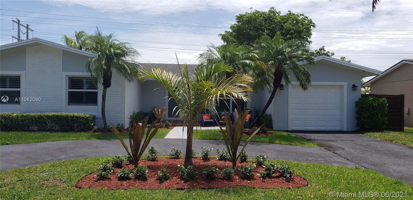 10510 SW 126th Ave  For Sale A11062090, FL