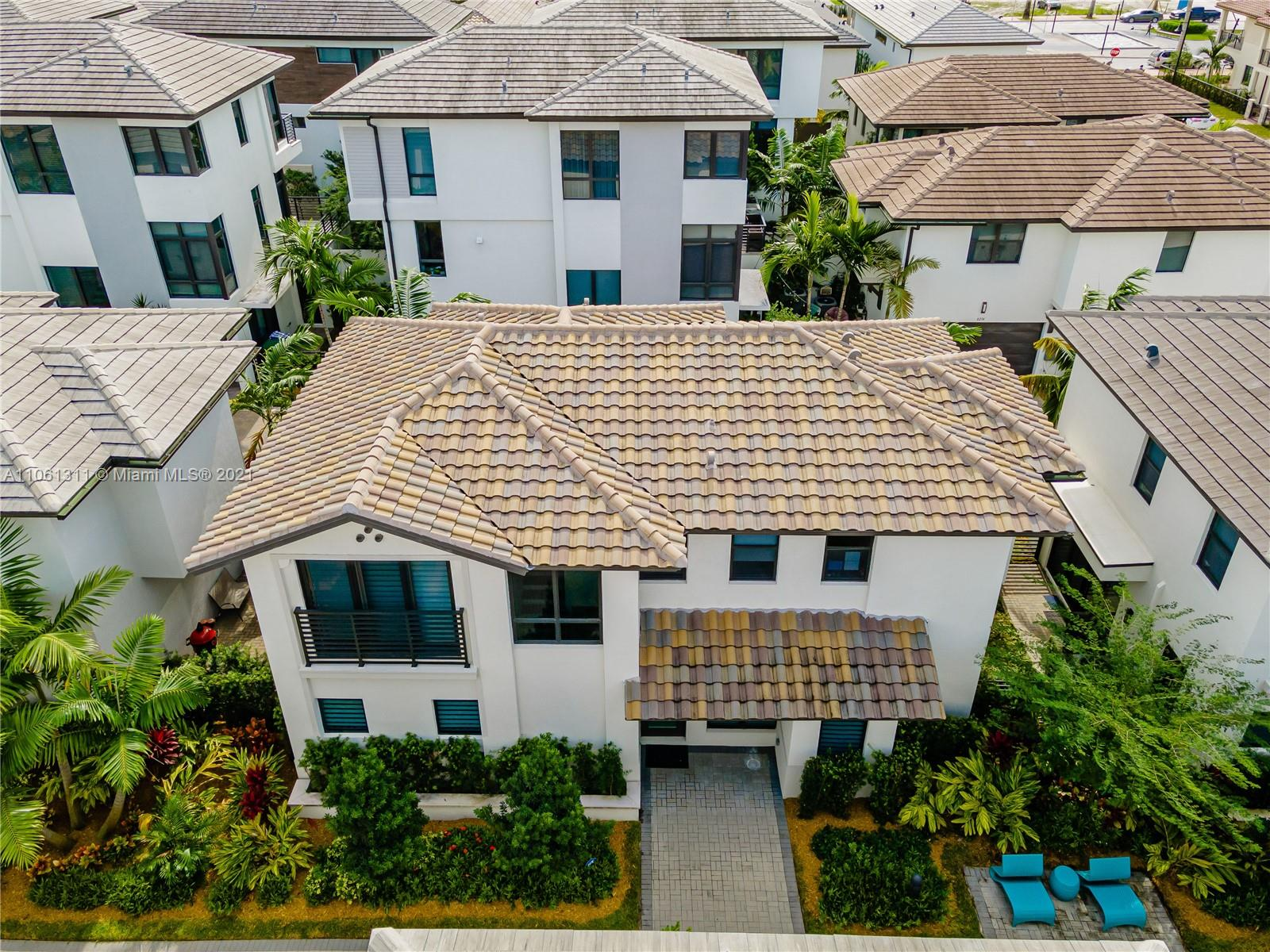 8277 NW 47th Ln  For Sale A11061311, FL