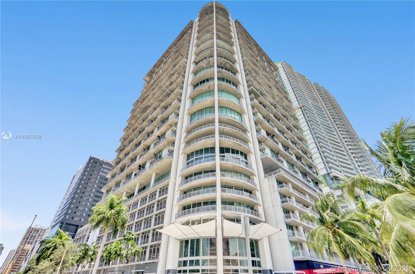 690 SW 1st Ct #PHI22 For Sale A11061438, FL