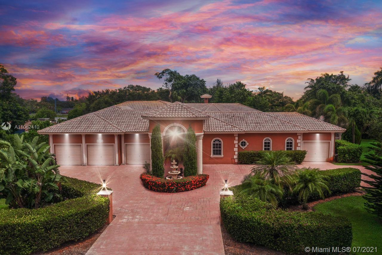 13751 Pine Meadow Ct, Davie, Florida 33325