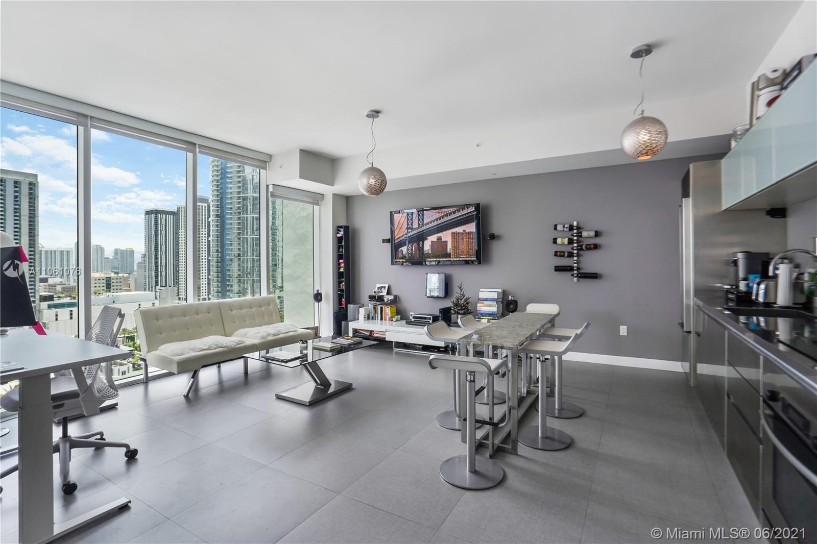 1040 Biscayne Blvd 2208, Miami, FL 33132