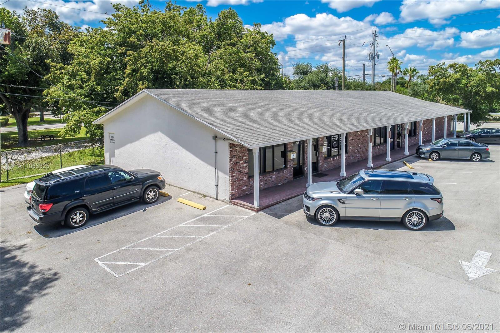 6570  Griffin Rd #105-106 For Sale A11063325, FL