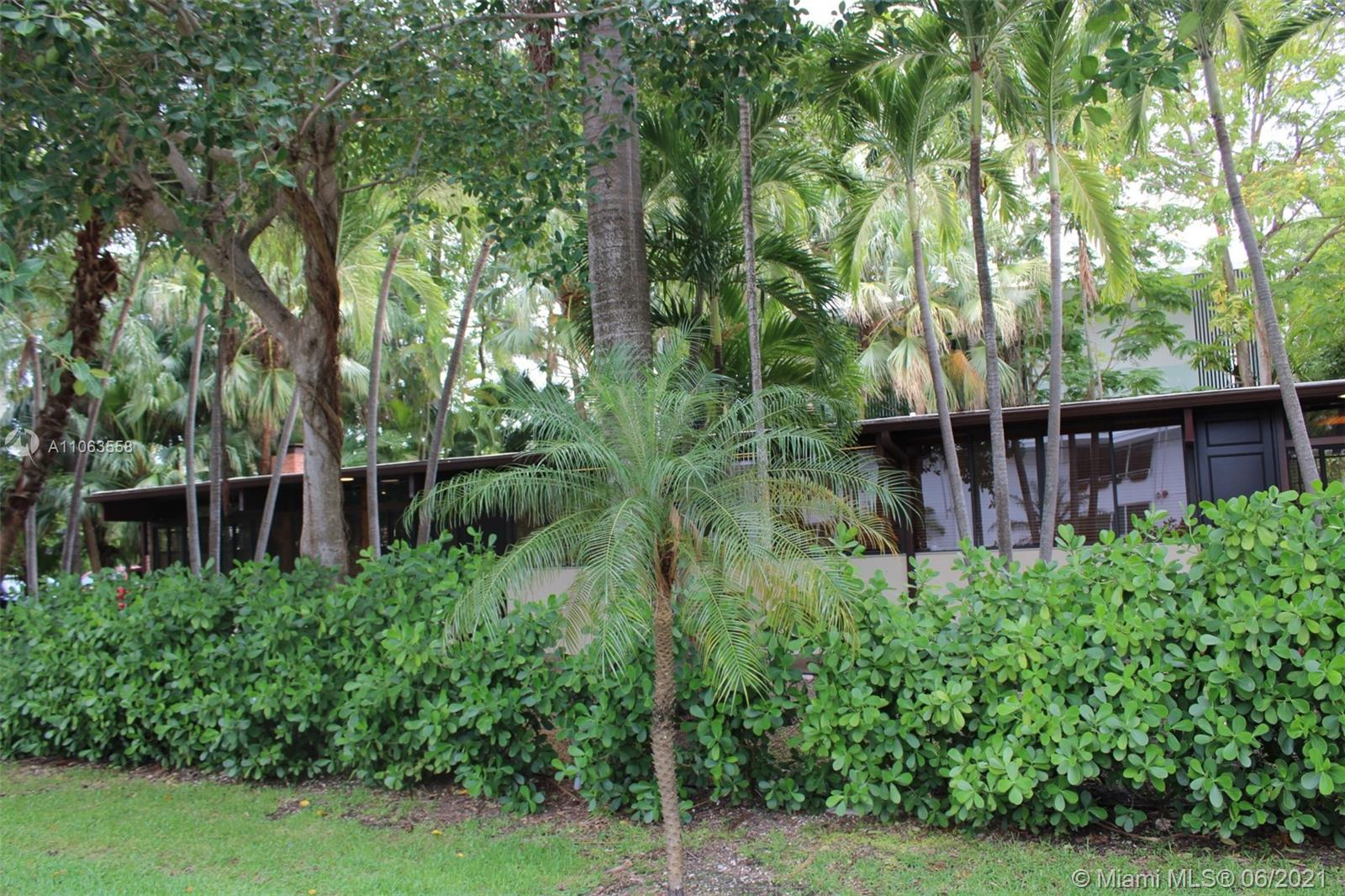 A BEAUTIFUL 3 BED 2 BATH IN HIBISCUS ISLAND ON A MASSIVE LOT. This is one of the few houses in Florida that was inspired by the designs of Frank Lloyd Wright, and sits in a gated neighborhood in the heart of Miami just minutes away from Downtown and Miami Beach. This is a must see.