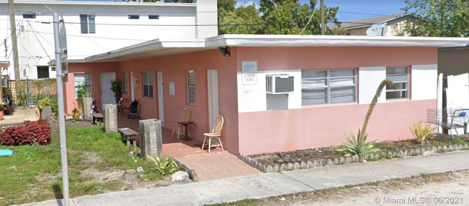 3071 SW 27th Ln  For Sale A11063771, FL