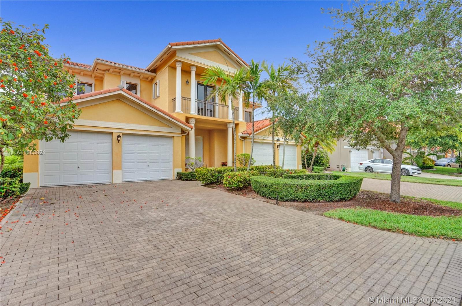 7904 SW 194th St  For Sale A11063821, FL