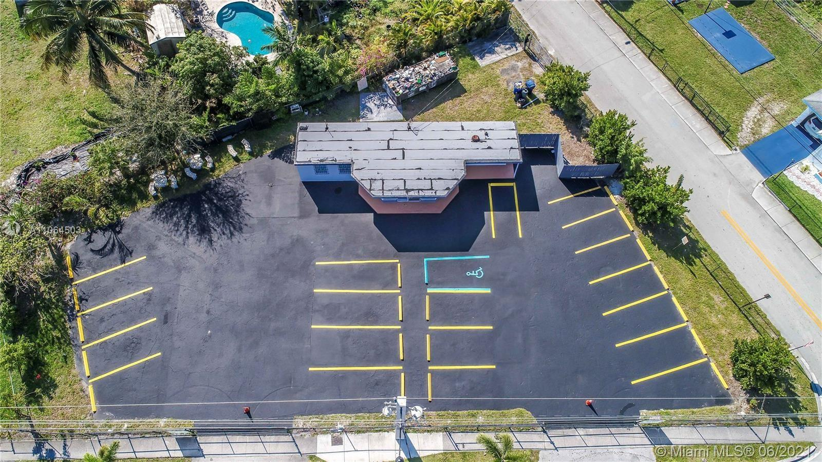820  Foster Rd  For Sale A11064503, FL