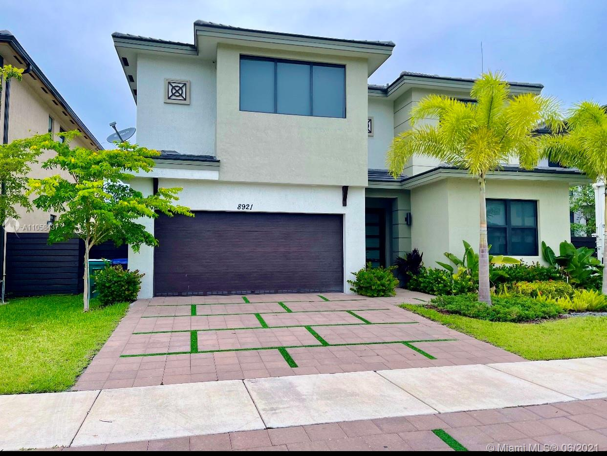 8921 NW 160th Ter  For Sale A11058437, FL