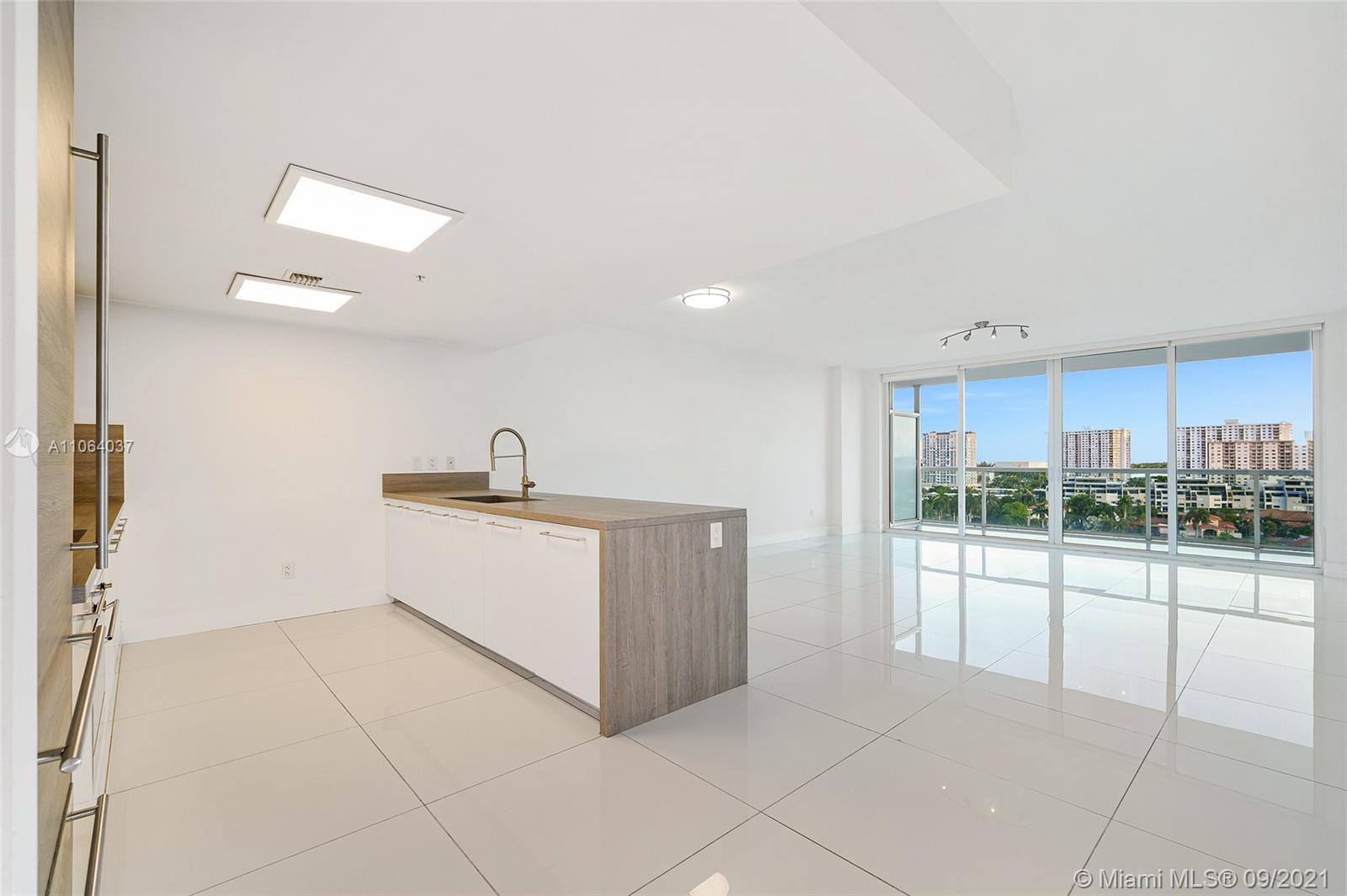 400  Sunny Isles Blvd #1018 For Sale A11064037, FL