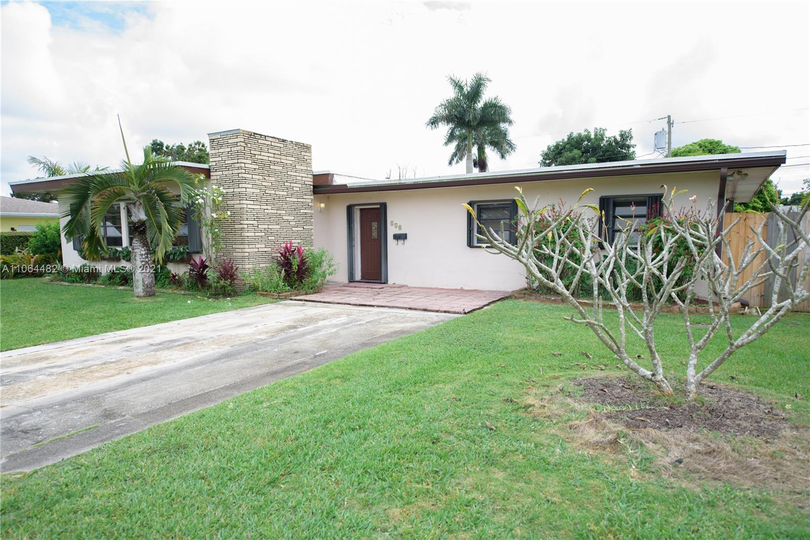 150 NW 18th St  For Sale A11064482, FL