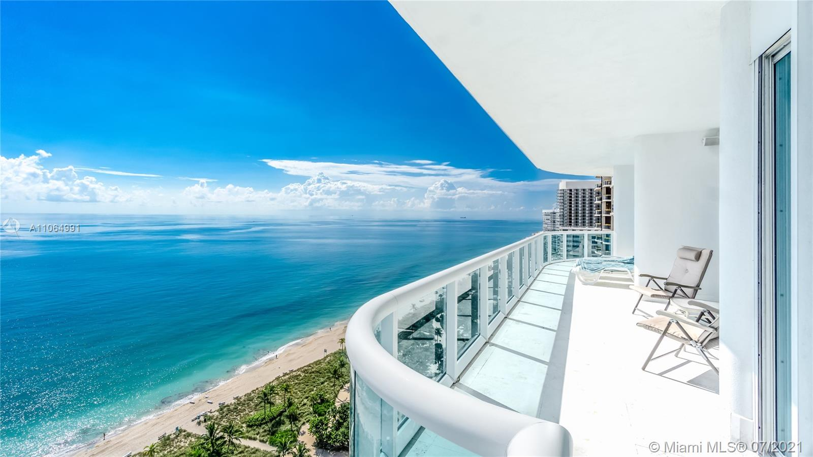 10101  Collins Ave #PENTHOUSE 1F For Sale A11064991, FL