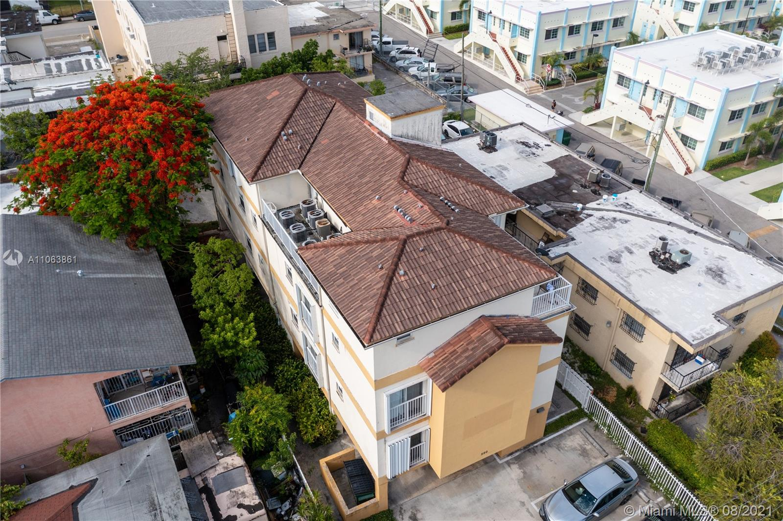 520 SW 5th St #201 For Sale A11063861, FL