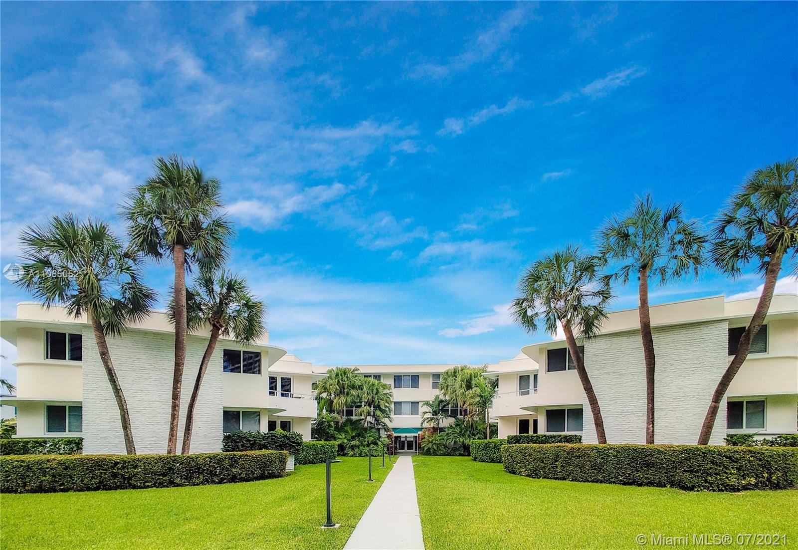 10190  Collins Ave #106 For Sale A11065052, FL