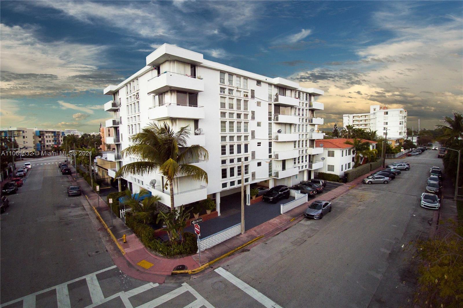 8001  Byron Ave #3B For Sale A11065532, FL