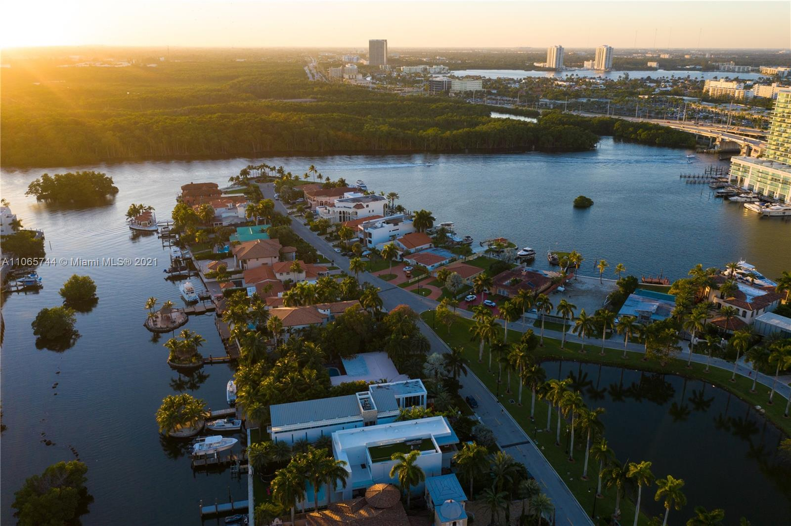 307  Atlantic Ave  For Sale A11065744, FL