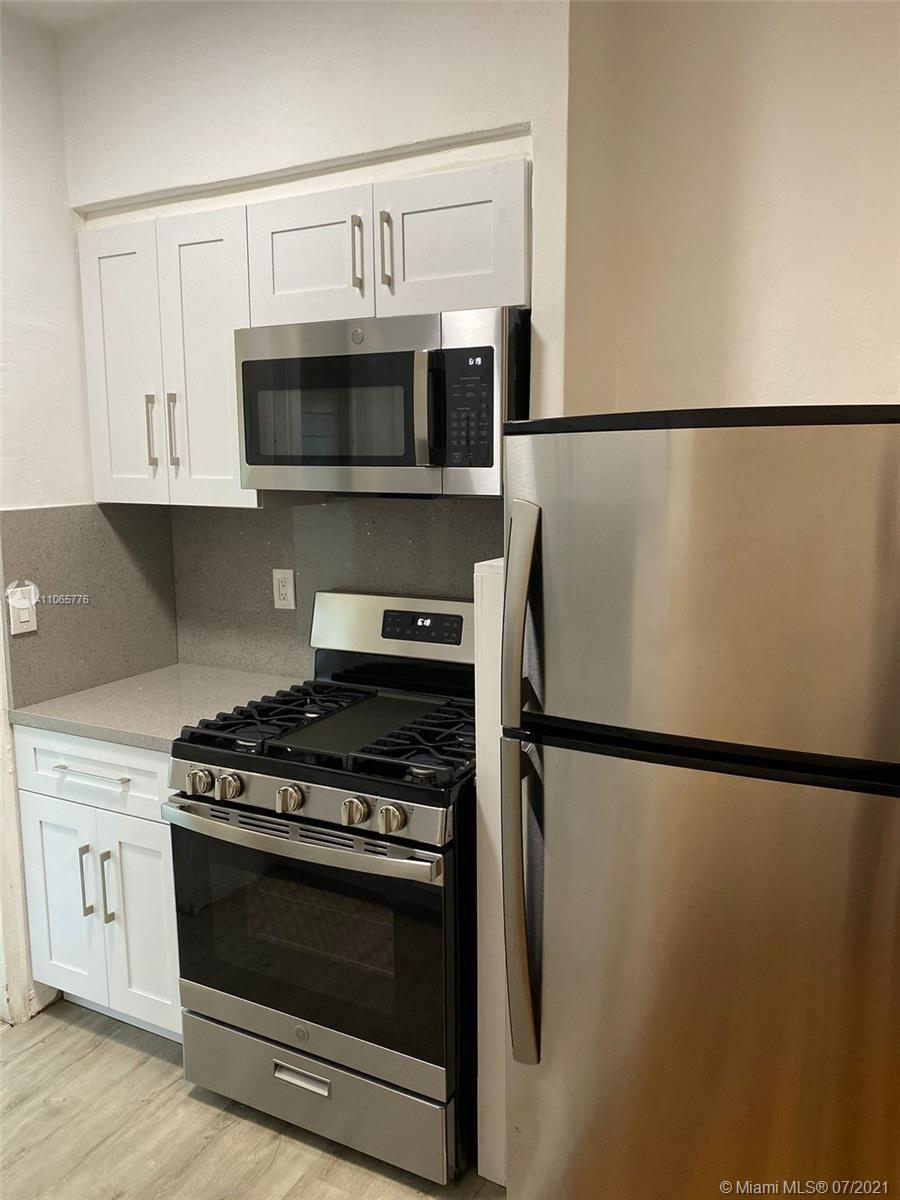 635  12th St #9 For Sale A11065776, FL