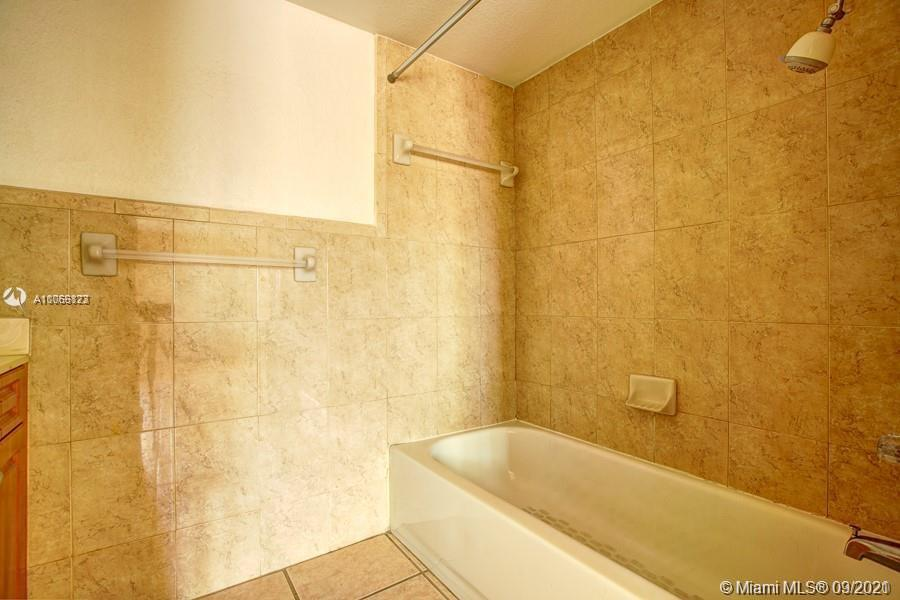 637 SW 3rd St #206 For Sale A11066123, FL